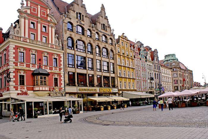 UM Wrocław: #WroclawNaWynos. Zgłoś lokal do naszej bazy