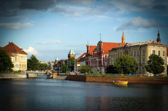 UM Wrocław: Smarownice na pętlach tramwajowych. Zużycie szyn będzie mniejsze