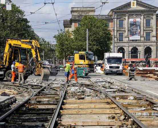 ZDiUM Wrocław: Weekendowe zmiany w komunikacji na Ślężnej. Przełożenie ruchu na wyremontowany tor