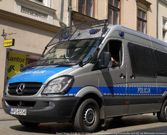 Policja Wrocław: Miał resztki amfetaminy na rękawie, kiedy spotkał wrocławskich policjantów