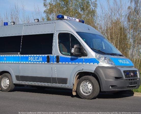 Policja Wrocław: Myślmy już o przygotowaniu swoich pojazdów do zimy. Pamiętajmy m.in. o oponach
